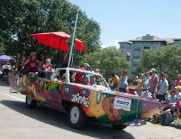 120530 Art Car-1-1-60