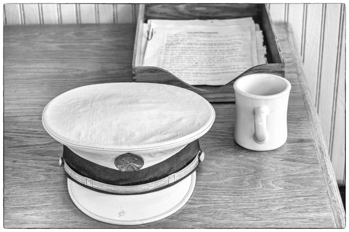Captains Hat, Cup and Inbox